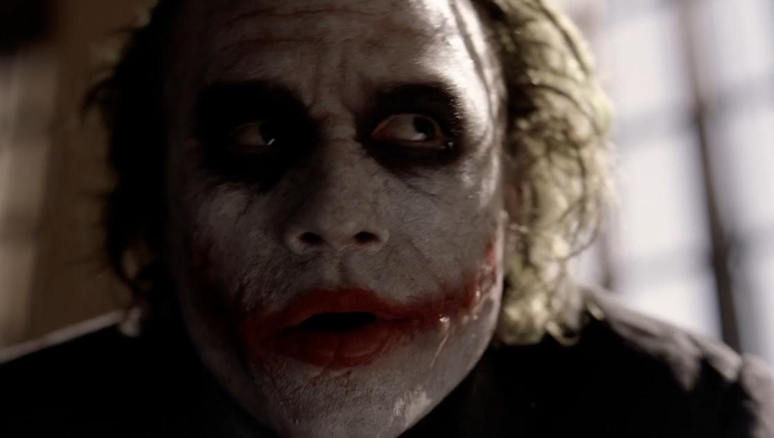 Traffic Posts Stopping the Joker & Batman in Dark Knight